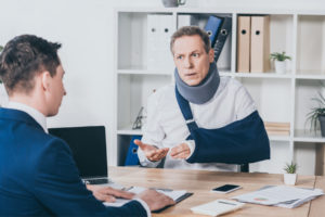 client tells his attorney the severity of his injury after the car accident
